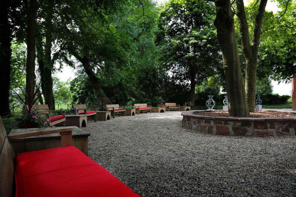 Crematorium Gouda buiten zitplaatsen